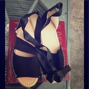 Women's wedges sandals size-9